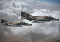 خلبانان ایرانی رکوردداران جهانی پرواز/۳روایت از رشادت در آسمانها