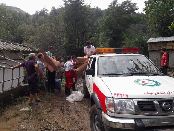 ۸۱ خانوار سیل زده تالش از خدمات امدادی هلال احمر برخوردار شدند