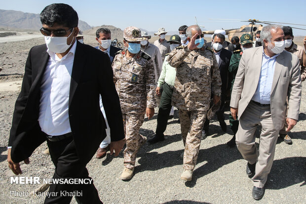 General Pakpour visited IRGC development projects in S Iran