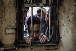 غیر نظامیان یمنی توسط افسران سعودی و اماراتی شکنجه می شوند