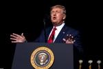 ترامب يطالب بخطة لسحب القوات الأمريكية من الصومال