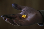 کاهش طلای موجود جهان با افزایش تقاضا و افت تولید