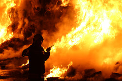 أستاذ جامعي: من قام بإضرام الحرائق في سوريا يدرك جيدا ما يفعل