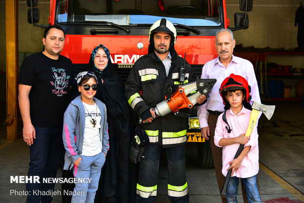 Iranian Firefighters and their families in Isfahan