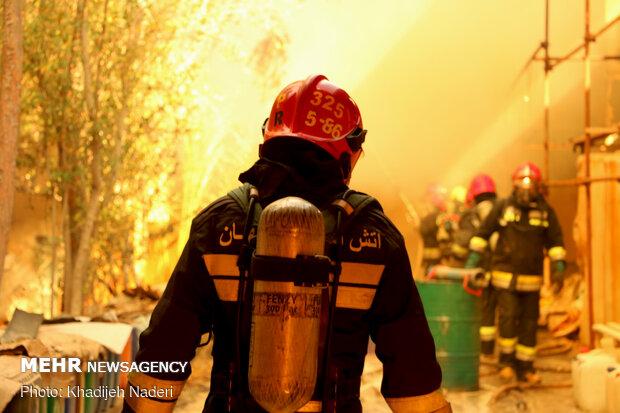 فعالیت ۴۲ ایستگاه آتشنشانی در استان بوشهر/ افزایش نیرو و تجهیزات