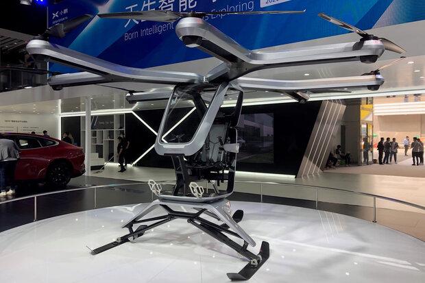 خودروسازی ژپنگ چین نمونه اولیه خودروی پرنده خود را رونمایی کرد
