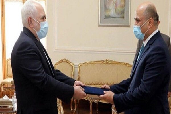 New Iraqi envoy submits credentials to Zarif
