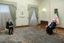 Iran expected E3 to stand against US pressures at IMF