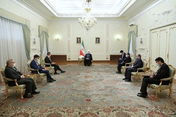 Rouhani urges Europe to maintain economic relations with Iran