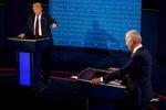 قطع میکروفون نامزدهای انتخاباتی آمریکا/ ستاد ترامپ: اشکالی ندارد