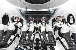۴ فضانورد با کپسول اسپیس ایکس به فضا می روند