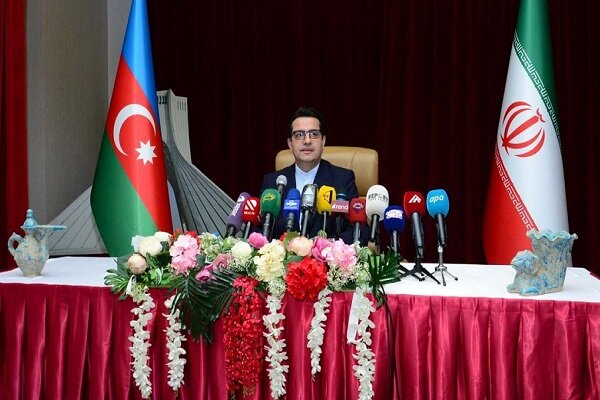 İran-Azerbaycan sınırı 'dostluk ve barış' sınırı olarak kalacaktır