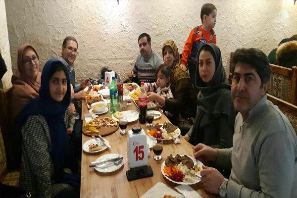 دو پرده از تحویل سال؛ تحریم بر روحیه ایرانیها اثر ندارد