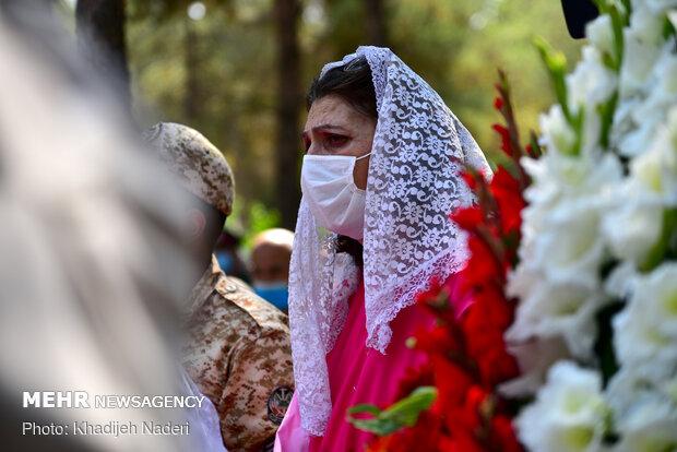"""تشييع جثمان الشهيد """"هراج هاکوبيان"""" في أصفهان / صور"""