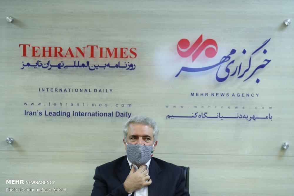 استکبار ایرانیها را جنگجو میداند اما گردشگران نظر دیگری دارند