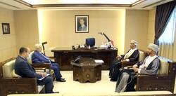 المعلم يتسلم أوراق اعتماد سفير سلطنة عمان لدى سورية