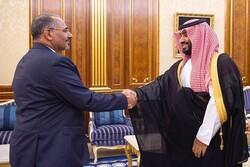 """""""الزبيدي"""" يمهّد الطريق لدخول الكيان الصهيوني الى جنوب اليمن"""