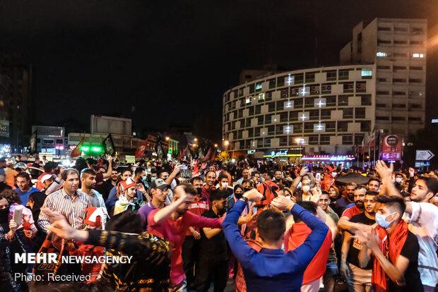 شادی هواداران پرسپولیسPersepolis fans celebrate victory over Al Nassr  بعد از صعود به فینال