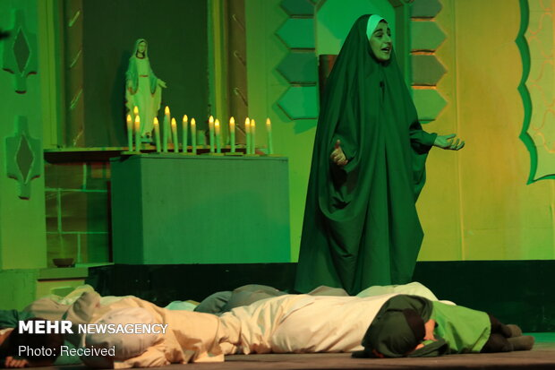"""Final performance of """"The sun rises from Aleppo"""" play"""