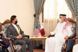 وزیران دفاع آمریکا و قطر دیدار کردند