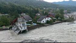 فرانس اور اٹلی میں شدید سیلاب سے تباہی، اب تک 17 لاشیں برآمد