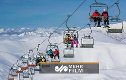 VIDEO: Snow whitens Tochal ski resort
