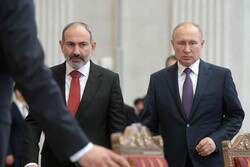پوتین خواستار حل و فصل بحران ارمنستان در چارچوب قانون شد