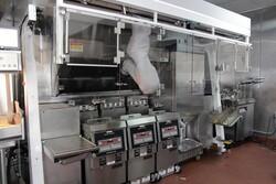 ربات تخصصی برای سرخ کردن ۱۹ ماده غذایی
