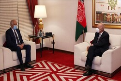 اشرفغنی با نماینده آمریکا در امور افغانستان دیدار کرد