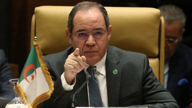 وزير الخارجية الجزائري يطالب بتحرك عاجل لمجلس الأمن بشأن ليبيا وتعيين مبعوث خاص