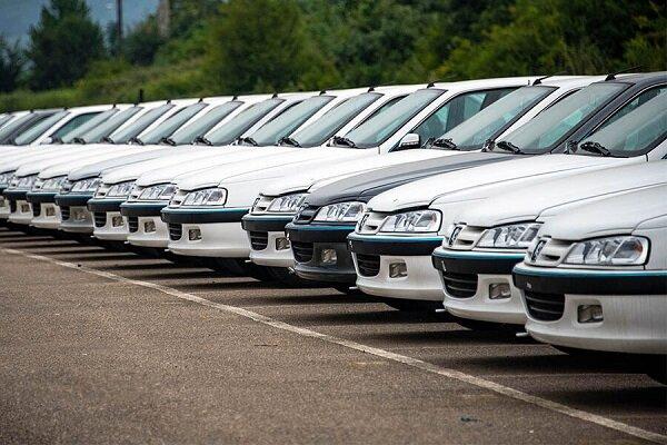 حواشی عرضه خودرو در بورس/ فرمول قیمتگذاری تغییر میکند؟