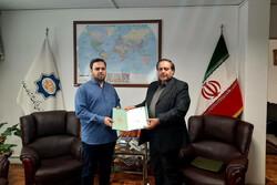 یک مدیر فرهنگی از فعالیت های جهانی خواننده ایرانی قدردانی کرد