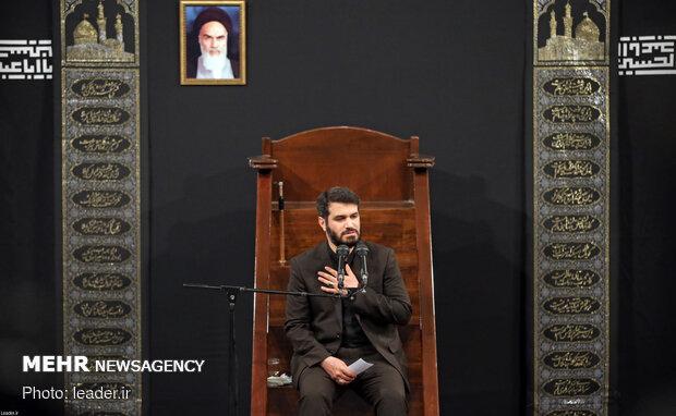 مراسم عزاداری و قرائت زیارت اربعین در حسینیه امام خمینی(ره)