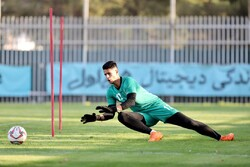 Poland's Raków eyeing Iranian goalie Niazmand: report