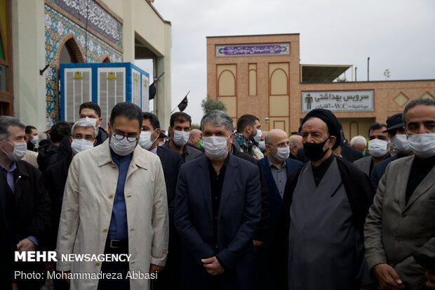 İran'ın ünlü sanatçısının cenaze töreninden fotoğraflar