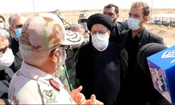 بازدید رئیس قوه قضائیه از پاسگاه مرزی یزدان/حضور مرزبانان در مرزها برای اشرار بازدارندگی دارد