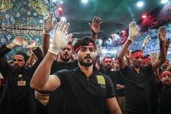 Irak'ta Kerbela zairleri evlerine dönüyor