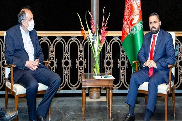 Iran, Afghanistan discuss strengthening bilateral relations