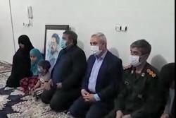 لحظه اعلام خبر بازگشت پیکر شهید زکریا شیری به خانواده