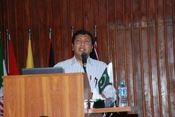Pakistani scholar urges preparing youth for future challenges