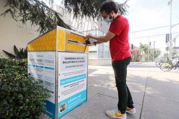 جمهوریخواهان آمریکا صندوقهای رأی غیرمجاز در کالیفرنیا برپا کردند