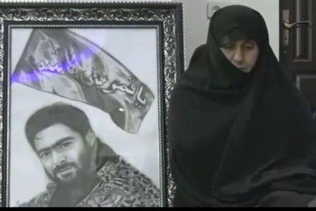 مادر شهید حاجی زاده: مردم سنگ تمام گذاشتند