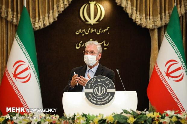 کارمندان ادارات تهران از ۵ آبان بصورت ۵۰درصد در محل کار حاضر شوند