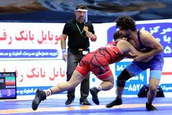 دانشگاه آزاد حریف بازار بزرگ ایران در دیدار فینال شد