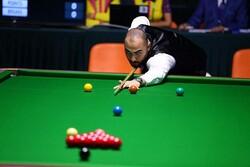 لاعب إيراني يترشح لمرحلة متقدمة في بطولة بريطانيا المفتوحة لرياضة السنوكر