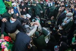 تدفین شهید مدافع حرم زکریا شیری در اقبالیه