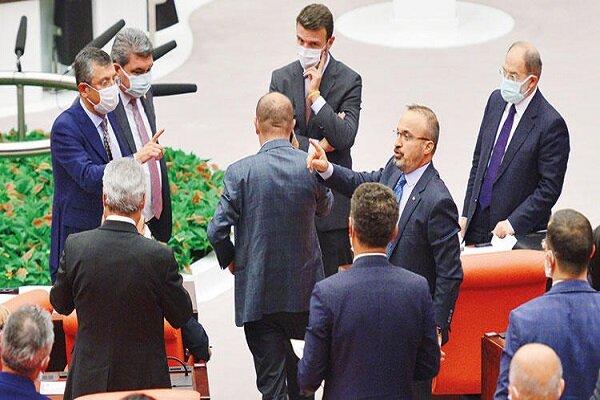TBMM'de Azerbaycan tezkeresi gerginliği