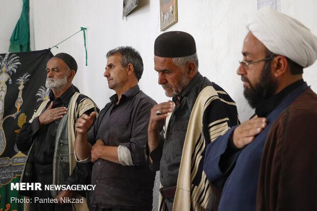 حجت الاسلام یعقوب پور، روحانی ساکن در روستای سرآقاسید است