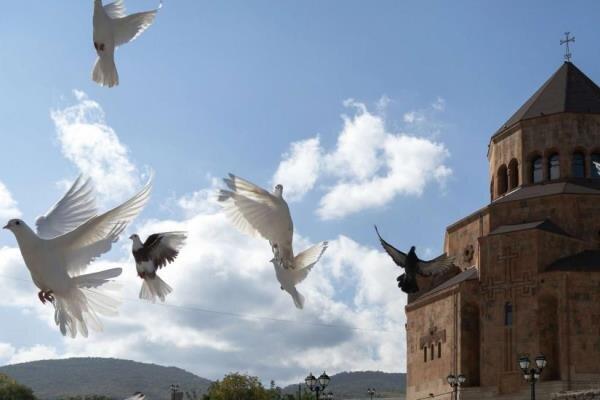 ارمنستان و آذربایجان بر سر آتش بس موقت در قره باغ توافق کردند