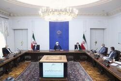 إيران أفشلت المخططات الأمريكية المشؤومة الهادفة الى انهيار الاقتصاد الايراني